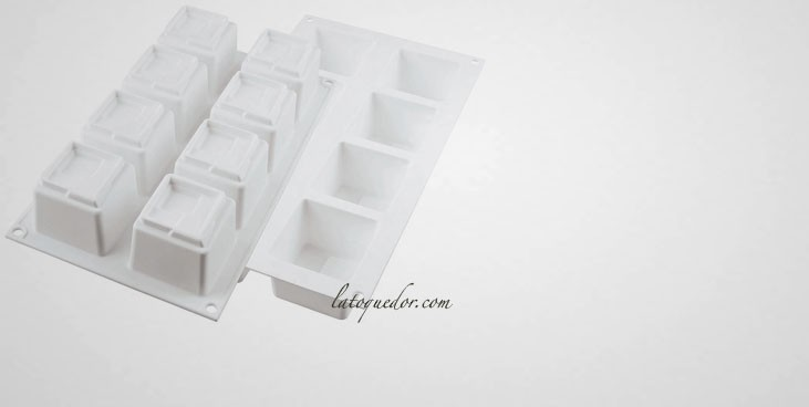 Moule silicone 3D 8 cubes Kuadro Silikomart