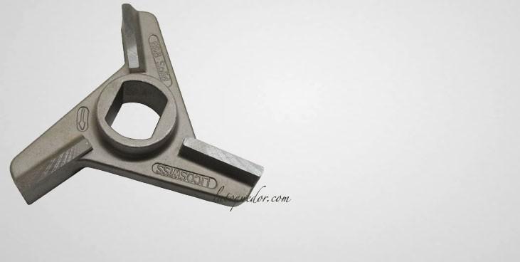 Couteau B98 Licoswiss monobloc pour hachoir Unger