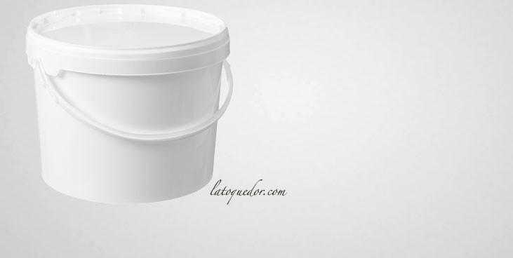 Seau plastique alimentaire avec couvercle 11,5 L