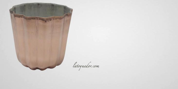 Moule à cannelés en cuivre