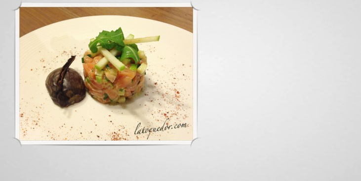 Tartare de saumon vanille fruit de la passion
